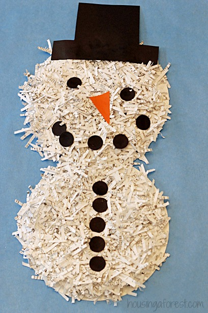 Pupazzo di neve con la carta for How to make snowman with paper